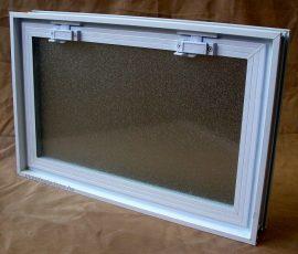 Műanyag üvegtégla ablak  58x38,5 cm méretű (fekvő)