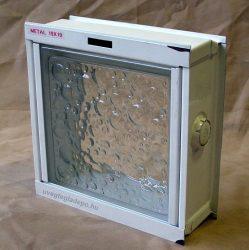 Fém üvegtégla szellőző bukókeret 1-es