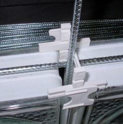 Üvegtégla merevítő vasalat 310 cm